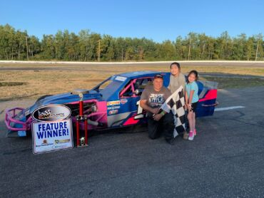HOYT HOLDS ON FOR WIN IN FAIRLEY'S SPORTS BAR 35