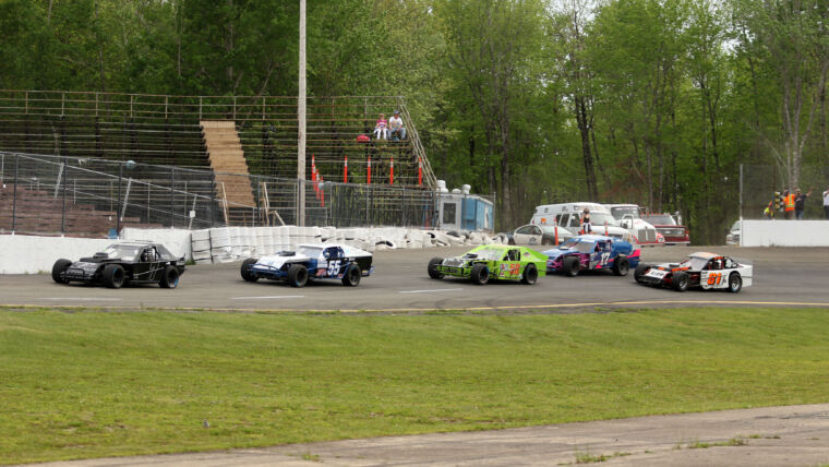 ATLANTIC MODIFIED TOUR DIGS WAY TO MIRAMICHI FOR SUTHERLAND EXCAVATING LIMITED 35 SATURDAY